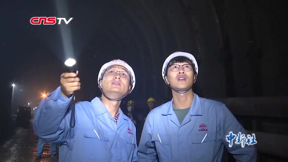 """中老铁路建设工地上的""""中国年"""""""